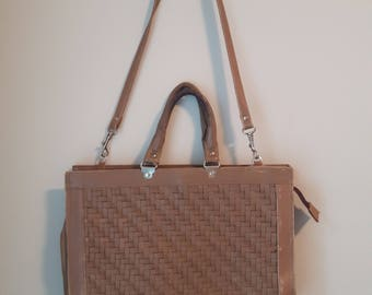 Vintage Gabay Genuine Leather Purse, Beige Leather with Silver Hardware, Made in Uruguay