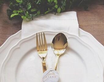 Benutzerdefinierte kleine marmorierte Geschenkanhänger in Gold   Platzkarten   Gastgeschenke   Tischschmuck   Etiketten