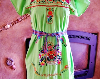 Mexican Dress, Embroidered Mexican, Green Mexican dress, Lime Mexican dress, Frida Kahlo, Day of the Dead, size S