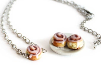 Cinnamon Roll Necklace, Cinnamon bun, Dainty Necklace, Cake Jewelry, Dessert Necklaces, Pendant Necklaces, Silver Charm Necklace, Fall