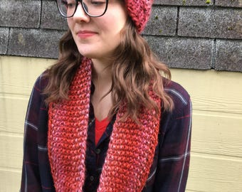 Hat and cowl set, Garnet. Hand - knitted