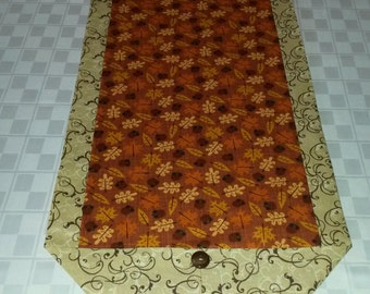 Autumn Leaves and Acorns Table Runner