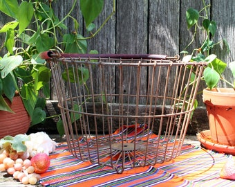 Super Cool Large Rustic Gathering Wire Basket with Rubber Covered Handle