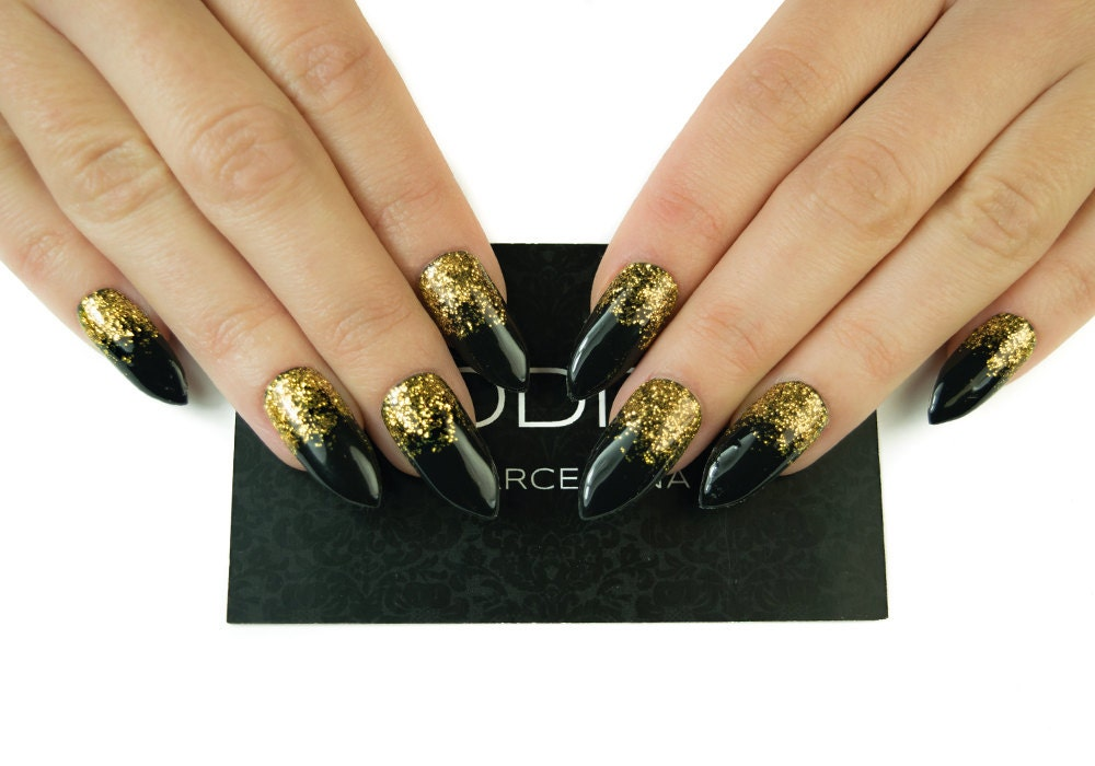Glam Black with Gold Gradient made with Uv Gel, Fake nails, False ...