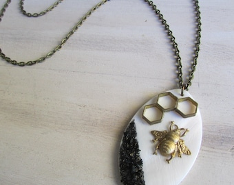 """Bee and Pearl"" necklace"