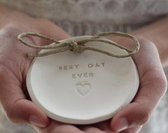 Ring bearer pillow alternative, Best day ever Ceramic Wedding ring dish Alternative wedding Ring pillow Ring dish