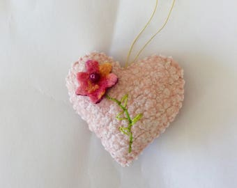 Embroidered Wool Felt Heart Ornaments, Pink Heart Decoration, Ornament with Flower, Valentines Day Decor