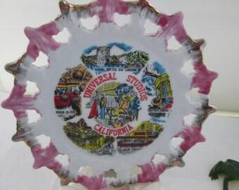 Universal Studios California Souvenir Plate Attraction Souvenir Kitsch Souvenir Movie Studio souvenir Universal Studios souvenir Calif plate