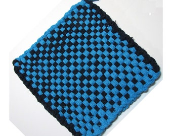 Black and Blue Hand Woven Large Cotton Potholder No.13