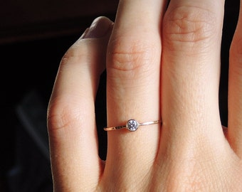SOLID 14k gold ring with a White Topaz/ Ultra thin stacking ring/ Birthstone/ Simple gold ring/ Dainty trendy elegant jewelry/ Rock Elegance