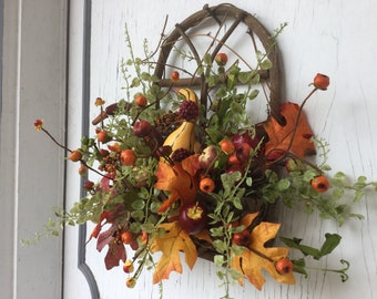 Twig door hanger arrangement