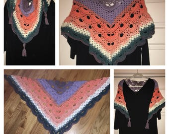Triangle scarf/kerchief/Shawl/wrap.  Available in many variegated colors