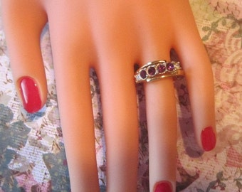 Vintage Gold Ring With Purple Rhinestones and Sparkling Crystals - Size 5.5 - R-022
