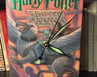 Harry Potter Collectable Book Clock- Harry Potter lover - book lover - first anniversary - book art - Hogwarts - bookshelf decor