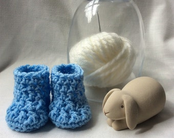 Crochet baby bootees, Newborn baby boy boots, New Baby boy gift, blue Baby boy shoes, baby boy blue crib shoes 0-6 months