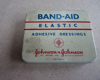 Vintage Johnson & Johnson Band Aid Dressings Tin
