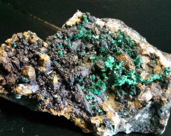 Malachite on quartz of the Chile
