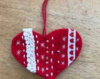 Red felt Valentine's heart hanging decoration