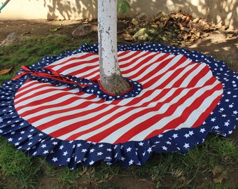 Stars and Stripes, Christmas Tree Skirt, Patriotic Christmas, American Christmas, US Flag, Red White Tree skirt, Flag Skirt, Star Tree Skirt