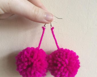 Magenta pom-pom earrings