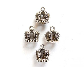 4 Antique Silver Crown Charms -23-11-4
