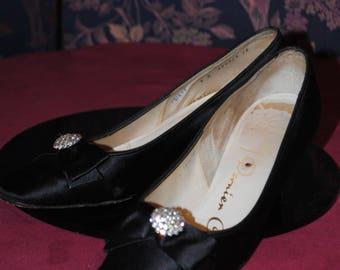 1960's black satin shoes - size: 40/41