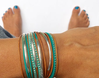 bracelet triple wrap boho bracelet in turquoise and camel brown with silver accents. lobster clasp. bohemian jewelry.