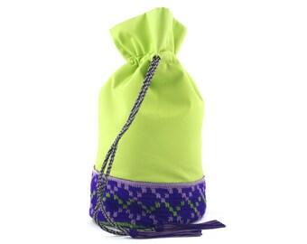 Small pouch Moulate El Taguiya - multipurpose pouch green on a taguiya acrylic wool