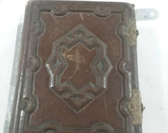 10%OFF3DAYSALE Awesome used photo album with old pictures and tin types