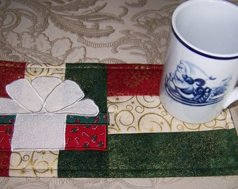 CHRISTMAS - GIFT - Applique Quilted Mug Rug PDF E-Pattern