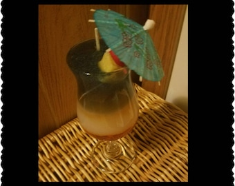 Hurricane tropical drink candle