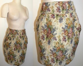 "1990s 90s Vintage Tapestry Bubble Skirt / 30"" Waist"