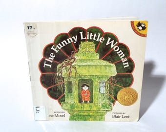 Vintage 1986/1972 The Funny Little Woman, Paperback, Children's Book, Ex Library