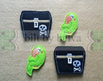 Pre-cut Felt Embellishments - Feltie Felty for Hair Bows, Clips & More - Pirate Treasure Chest of Gold Parrot