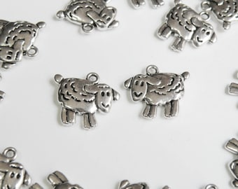 10 Sheep charms Chinese Zodiac Year of the Sheep Goat Ram antique silver 16x18mm DB37642