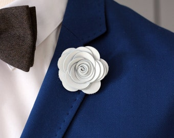 White lapel rose pin, Mens lapel flower, stick pin, white lapel boutonniere, lapel boutonniere,rustic wedding boutonnniere, elegant pin