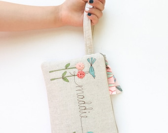 Flower Girl Proposal, Flower Girl Gift, Wristlet, Will You Be My Flower Girl, Personalized Girl Gifts, Purse, Floral, Wedding