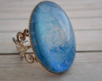 Blue marbled ring