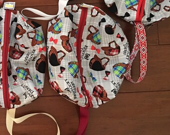 "I love the Kentucky Derby travel bag with zipper 6 1/2"" x 8""x 3"""