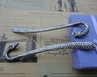 5pcs Antique Silver Patterned dragon Bookmarks Metal Bookmarks Curved Bookmark Christmas Gift
