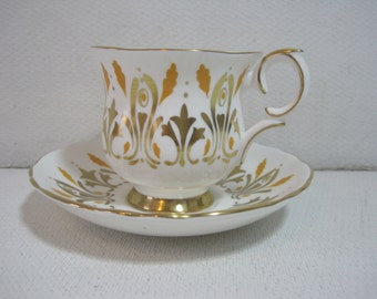 CROWN STAFFORDSHIRE English Tea Cup and Saucer Set English Tea Set Fine Bone China Gold Gilding  E1163