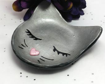 Cat ring dish, Cat lover gift, Cat ring holder, Ring dish holder, Jewelry dish, Cat jewelry bowl, handmade cat ring dish, Cat trinket dish