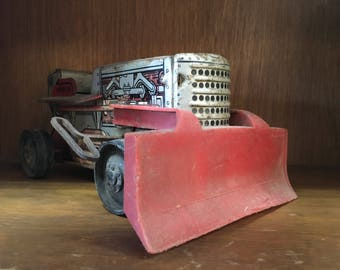 Vintage Marx Wind Up Toy Tractor