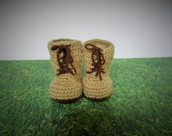 Crochet tan combat boots, crochet army boots, crochet baby boots, military boots, soldier boots, photo prop, baby announcement, baby boots
