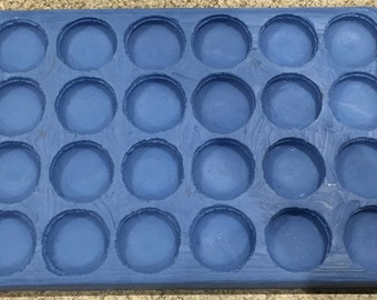 Macaron Silicone Mould (24x Large)