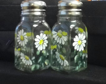 Daisy Salt and Pepper Shakers Hand-Painted Glass Flower Salt & Pepper Shakers by Lisa Hayward
