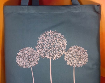 "Large Carolina Blue ""Hydrangea"" Tote Bag"