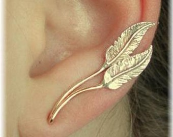 Graceful Feathers - Ear Climber - Ear Crawler - Ear Cuff - Feather Earring - Silver ear Climber - Silver Ear Cuff - Up the Ear - Earcuff