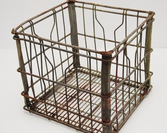 Vintage Farmbest Metal Dairy Milk Crate 13 x13 Wire Metal Antique Crate-Patina!