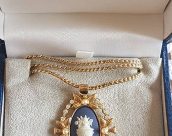 "Vintage ""Wedgwood"" Jasperware Cameo Necklace! Never Worn, in Original Box!"